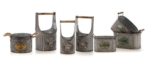 metalowe doniczki w stylu prowansalskim