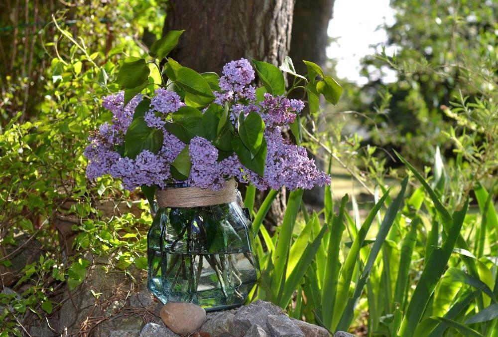 szklany lampion ogrodowy